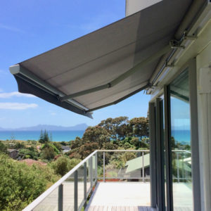 Deck with glass balustrade with Horizon Monobloc 3m x 2m Awning